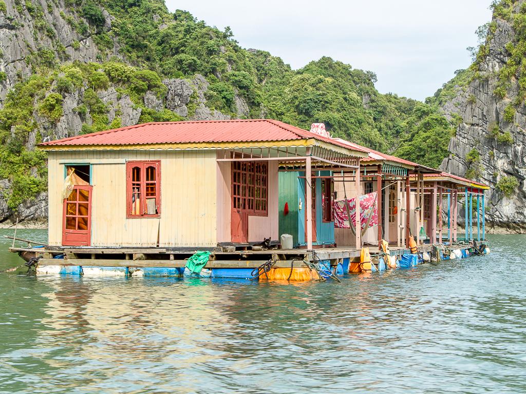 Vung Vieng Flooting village
