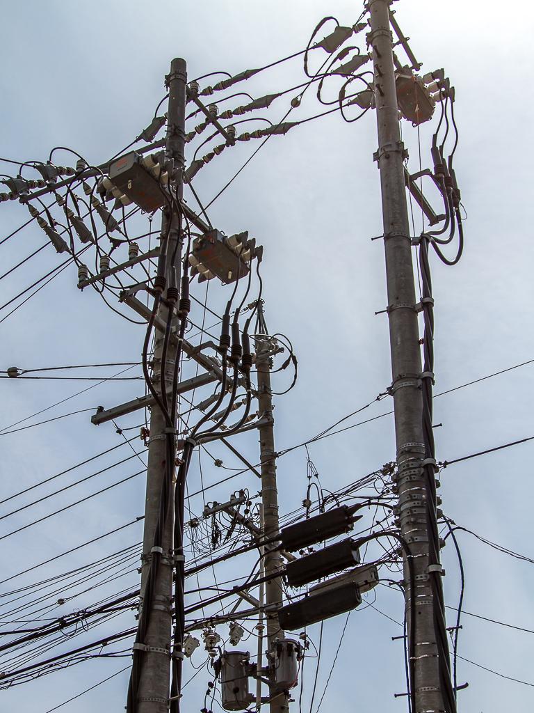 elektra boven de grond