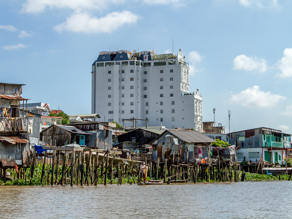West hotel vanaf het water